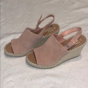 🌸NWOT Toms Blush Pink Wedges!🌸